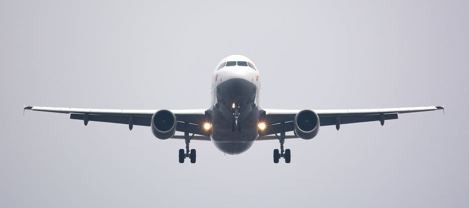 Image of an airplane
