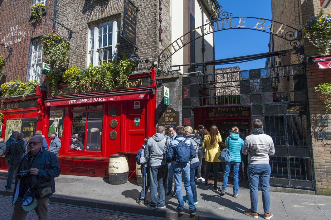 Image of residents exploring Ireland