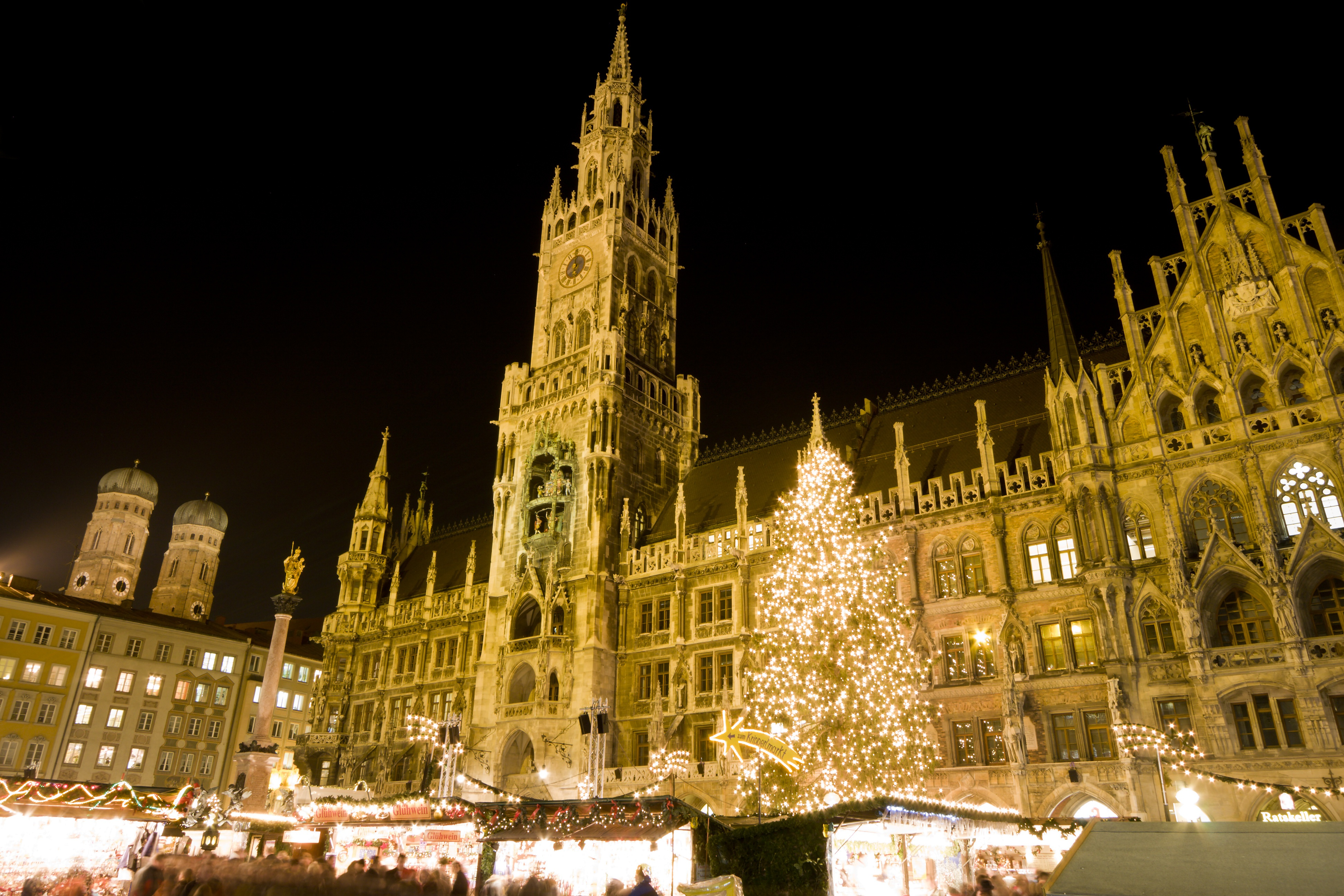 Image of a Christmas market in Munich