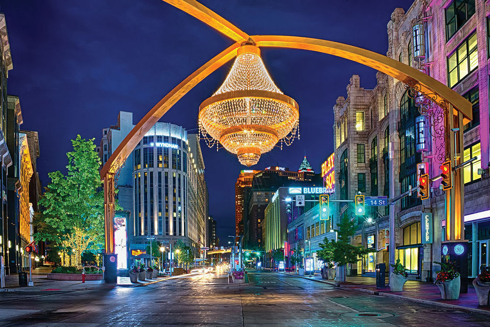 This is an image of the chandelier at Playhouse Square in Cleveland