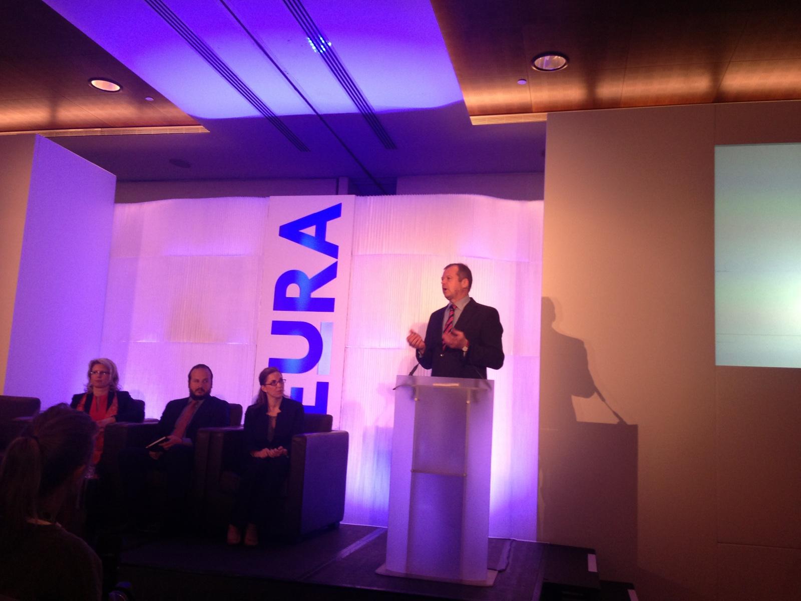 Image of Andrew Scott presenting at EuRA