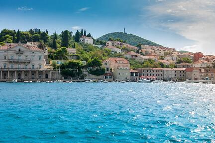 Image of bright blue water in Dubrovnik