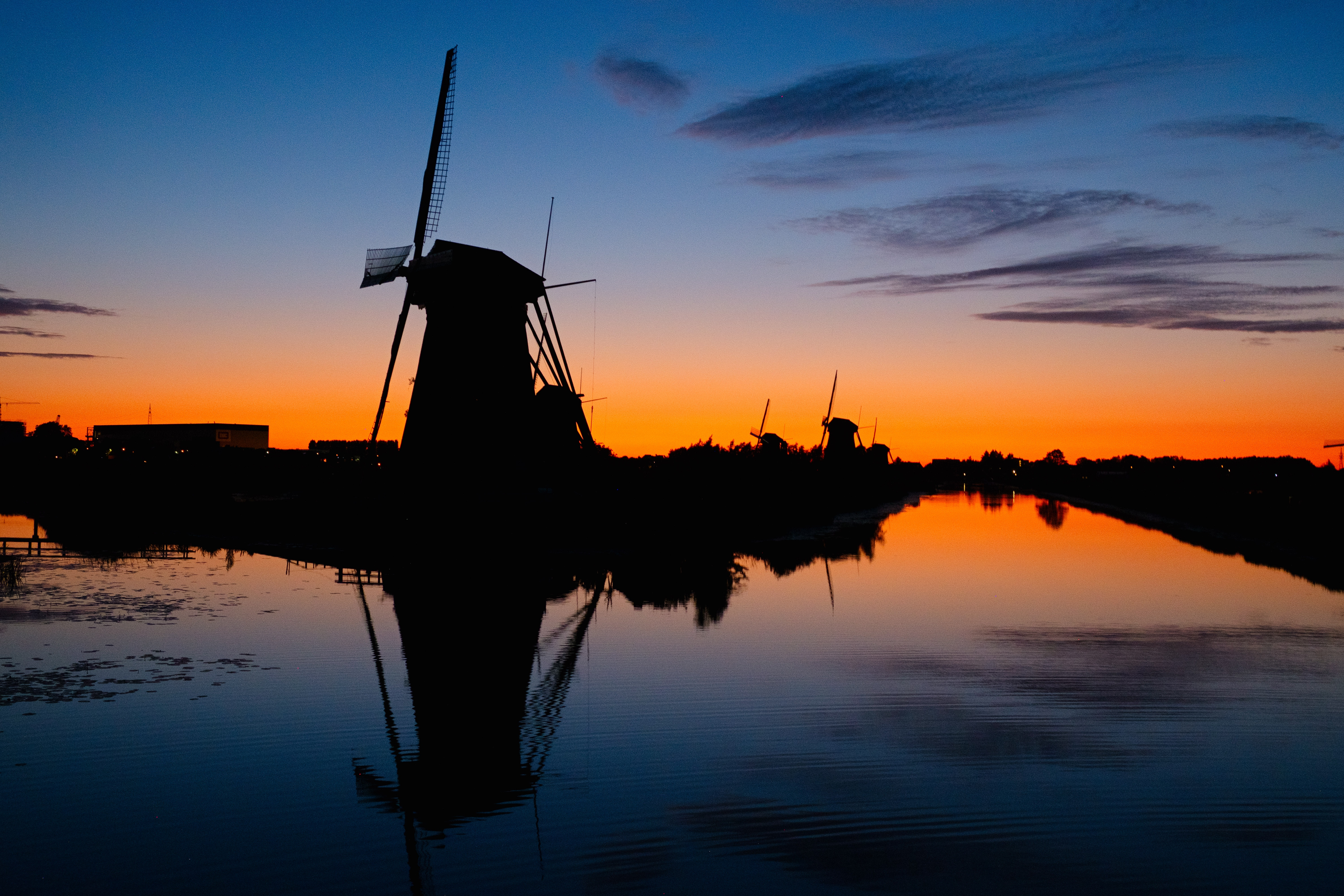 Image of windmills in the Netherlands