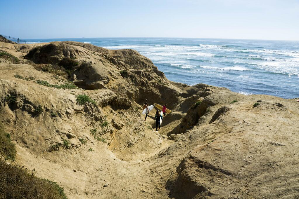 Image of young professionals exploring in San Diego