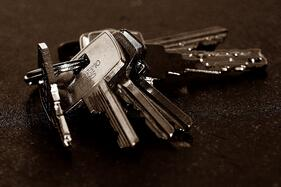 Image of house keys before a property appraisal