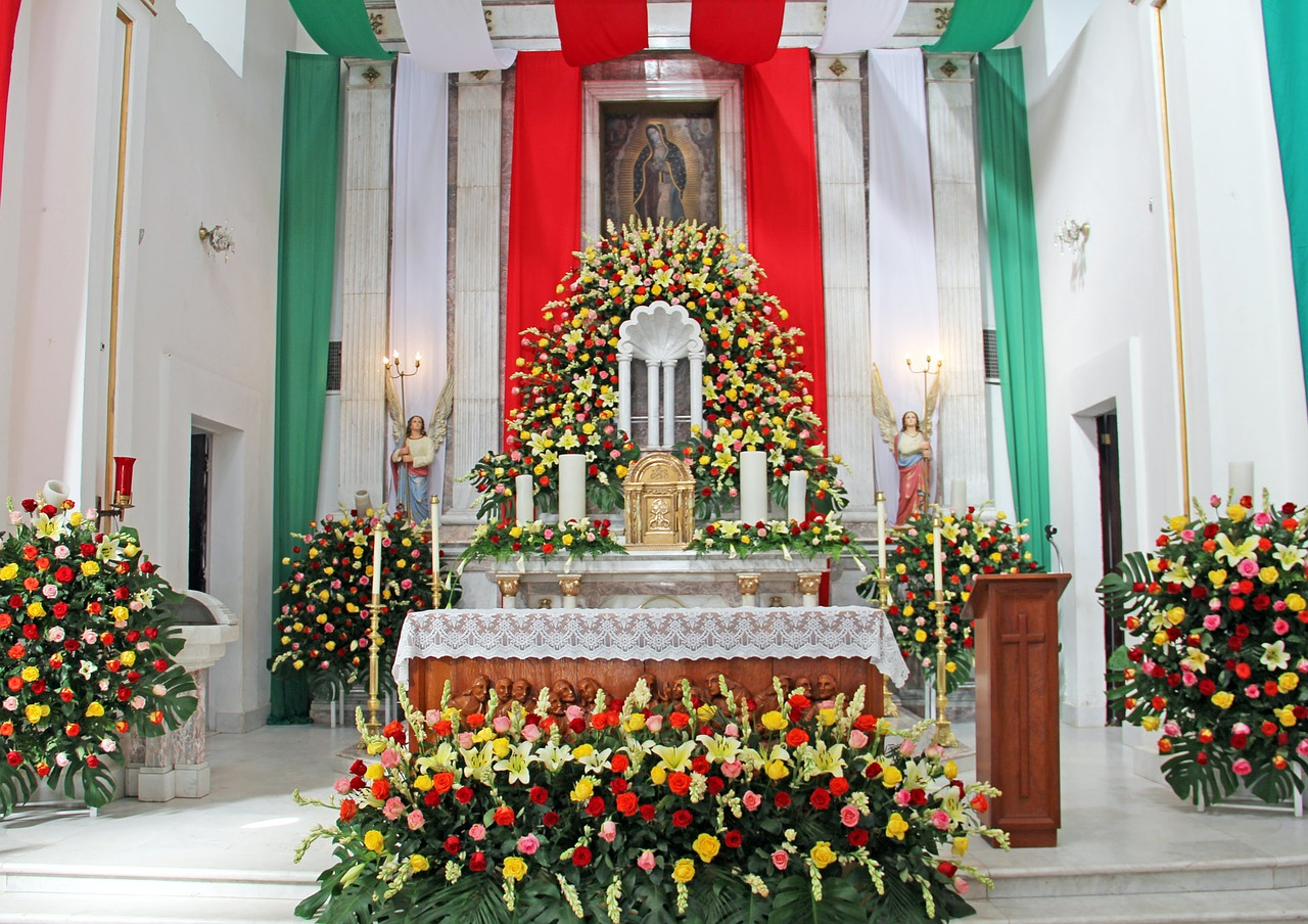Image of a church in Mexico during Holy Week