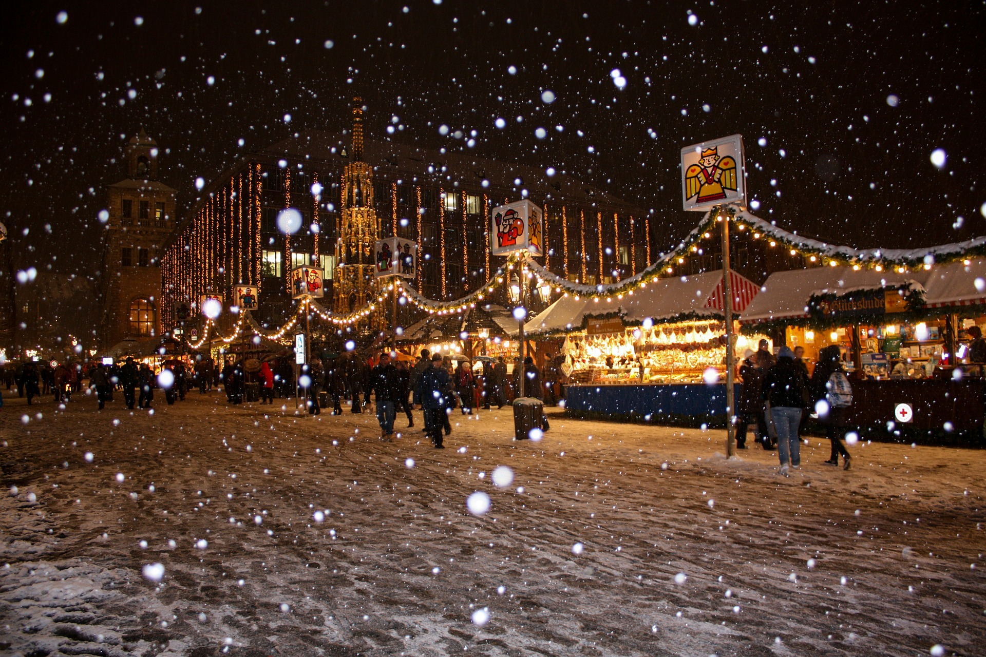 Image of a Christmas Market in Europe