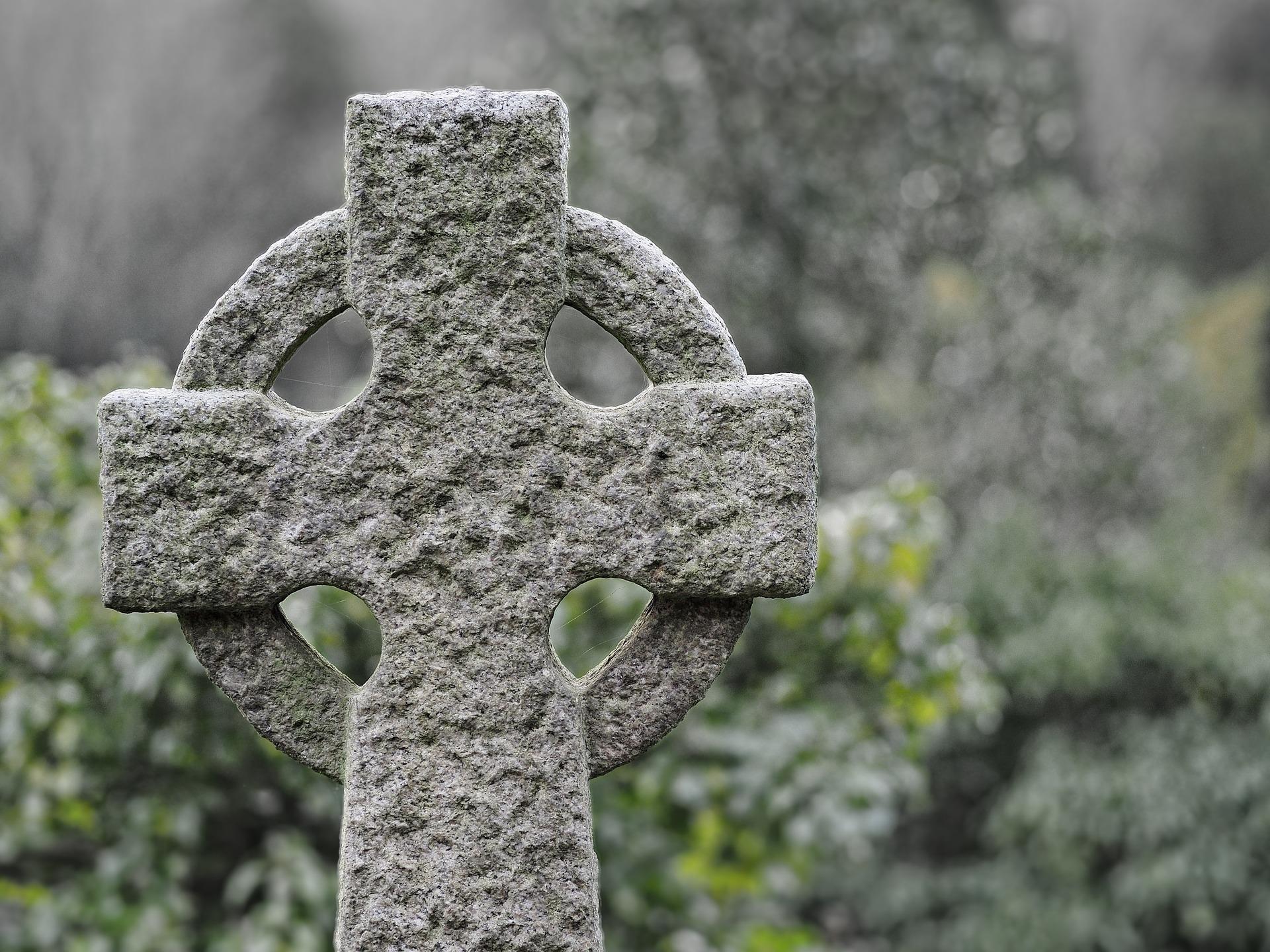 Image of a Celtic Cross